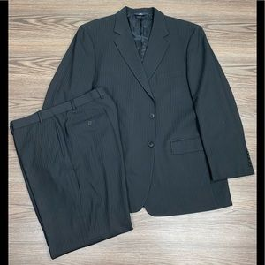 Brooks Brothers Black w/ White Pinstripe Suit 46R